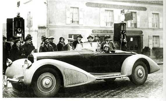 Posing in front of the restaurant Au Centre de L'Aviation at Orly, Renée Friderich, daughter of Bugatti agent Ernest Friderich, is about to set out on her fatal drive in the D8S Delage.