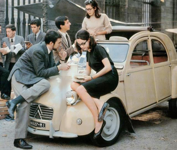 'Dolce Vita' in the last century: Then nearly all students wanted a simple car for daily transport. But many dreamed of owning a Ferrari or similar sporting machine later in life.