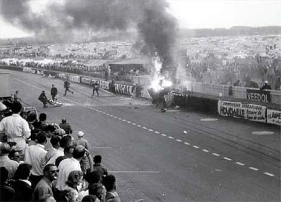 11 June 1955, 18:25. Tragedy struck at the 24 Hours Race on the Le Mans circuit. Photo © DR