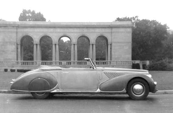 Lancia Astura is the car, but what was the location?