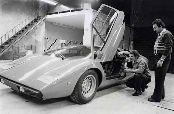 Joe with his new partner and the first Lamborghini Countach in the U.S. Business was about to boom.