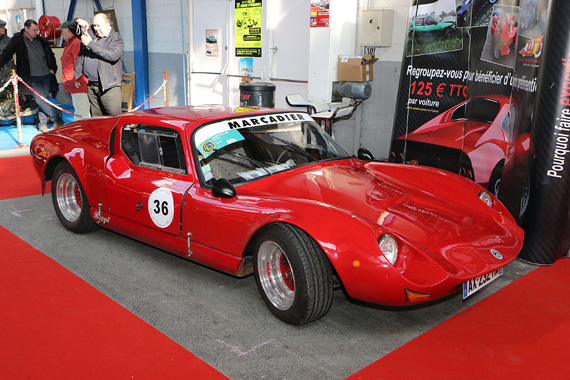 Marcadier was a small constructor from Lyon who built many racing cars but also some coupés with gullwing doors called Barzoi.