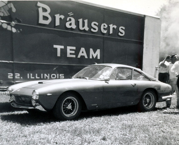 Couldn't have been more than a few months old, this Lusso attracted our attention. Readers, any idea of s/n or ownership at the time?