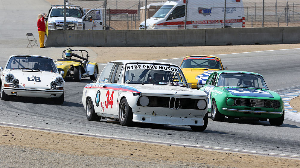 BMW 2002, Porsche 911 and Alfa Romeo GTV or GTA were the most represented in the Pre-Reunion race for under 2 liter Trans-Am cars.