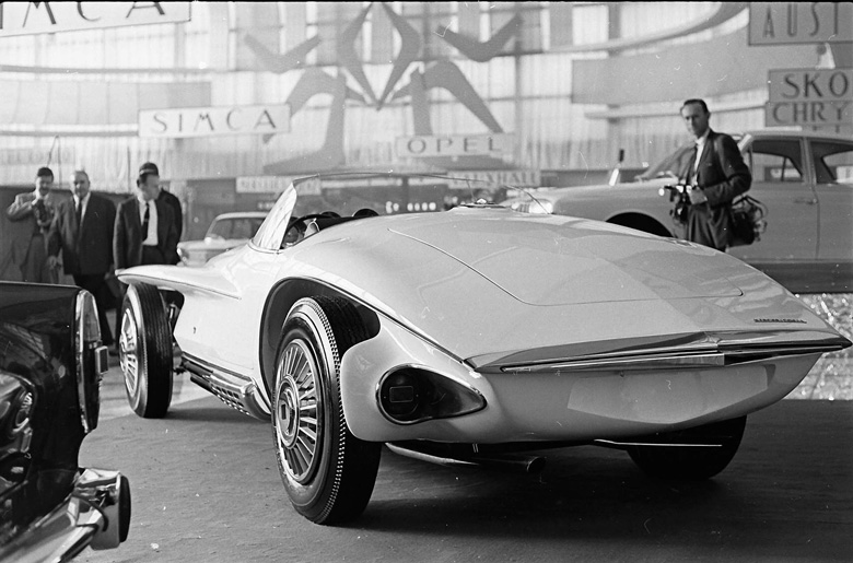 Virgil Exner's smooth and stylish tail on the Mercer-Cobra.