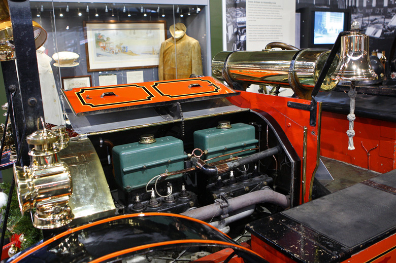 The engine and boiler are both in working order and are regularly demonstrated at rallies and events. The power unit is a 7600cc opposed piston engine, 4 cylinders and 8 pistons